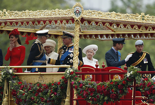 A Família Real na Barcaça Real.