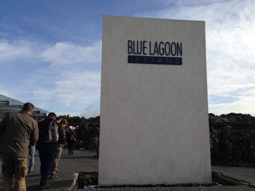 Visitando uma Caverna de Lava e a Blue Lagoon na Islândia