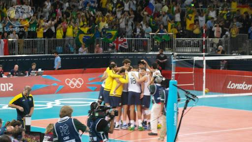 Brasil vence a Russia (1o jogo).