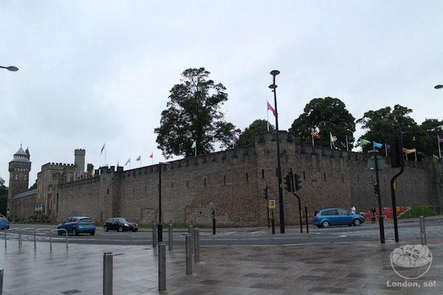 o que fazer em cardiff O Castelo de Cardiff por fora.