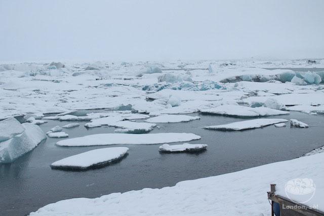 islândia Vista do alto da lagoa Jökulsárlón.