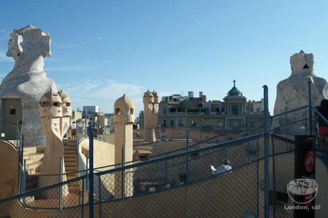 o que fazer em barcelona la-pedrera-telhado