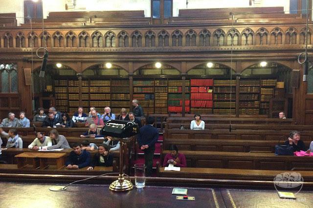 Do alto da mesa dos juízes – tirei essa foto meio escondida só pra ilustrar o post ;)