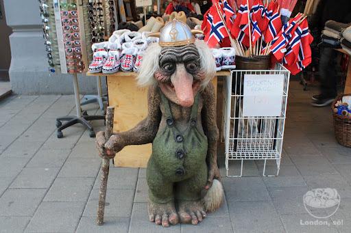 """""""Troll"""" Viking – eles estão espalhados por toda a cidade!"""