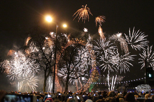 london-eye-fireworks-nye-ano-novo-londres-fogos-11