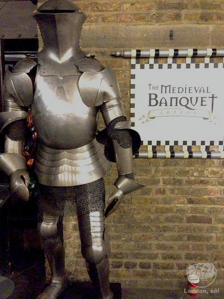 Entrada do Medieval Banquet.