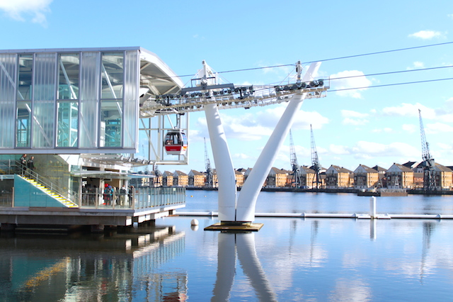 emirates-airline-cable-car-london-4