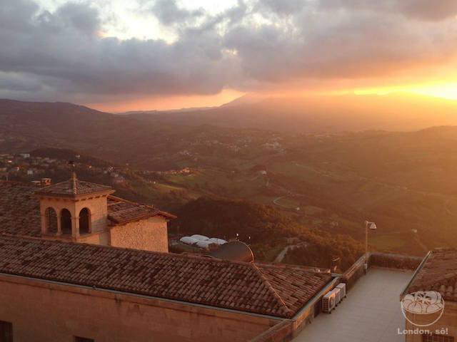 República de San Marino: Pôr-do-sol maravilhoso!