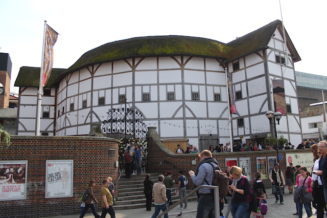 Shakespeare's Globe: Teatro a Céu Aberto em Londres