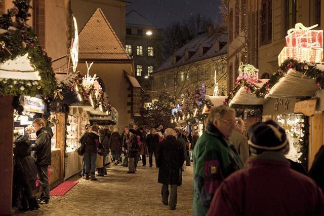 Mercado de Natal de Basiléia, Suíça. Foto: Basel Tourist Office