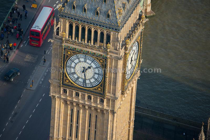 Big Ben (ou Elizabeth Tower).