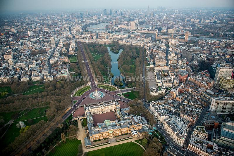 Palácio de Buckingham e The Mall.