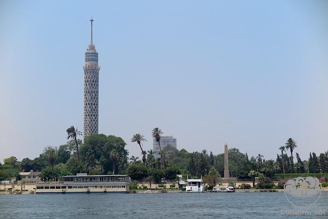 Durante o passeio de barco pelo Rio Nilo.