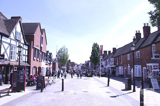 Rua de compras de Stratford-Upon-Avon.