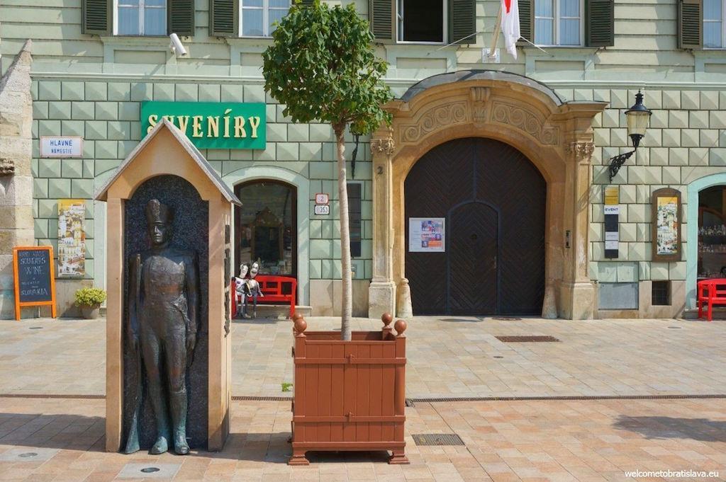 estátuas de Bratislava