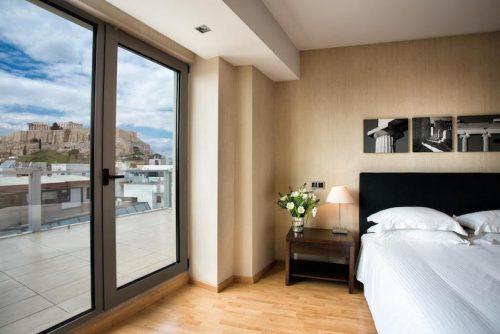Hospedagem em Atenas: 14 hotéis com vista para a Acrópole