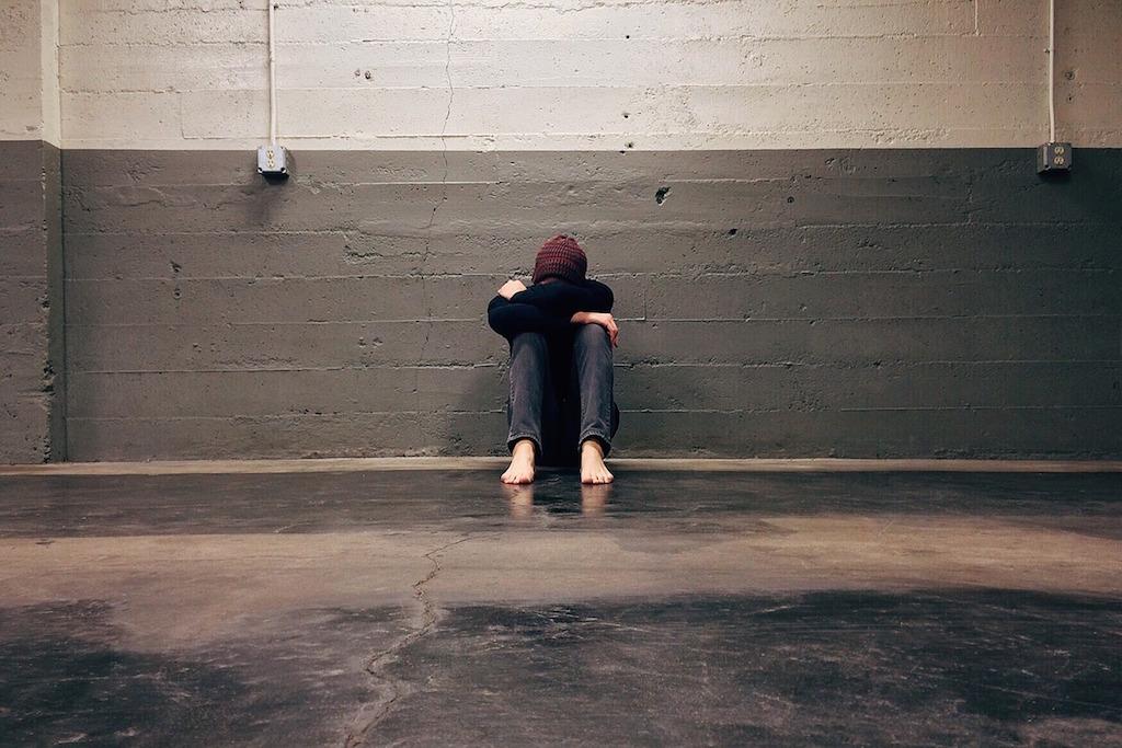 a solidão de se morar fora